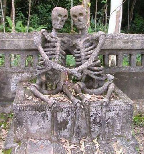 墓碑也需要特色?盘点世界上最有创意的墓碑